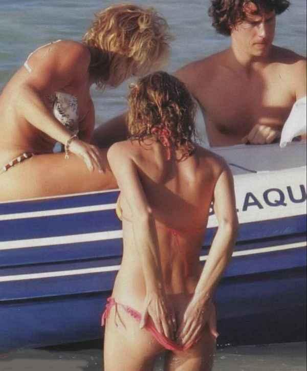Eva Herzigova Cracks Up The Boating Crowd