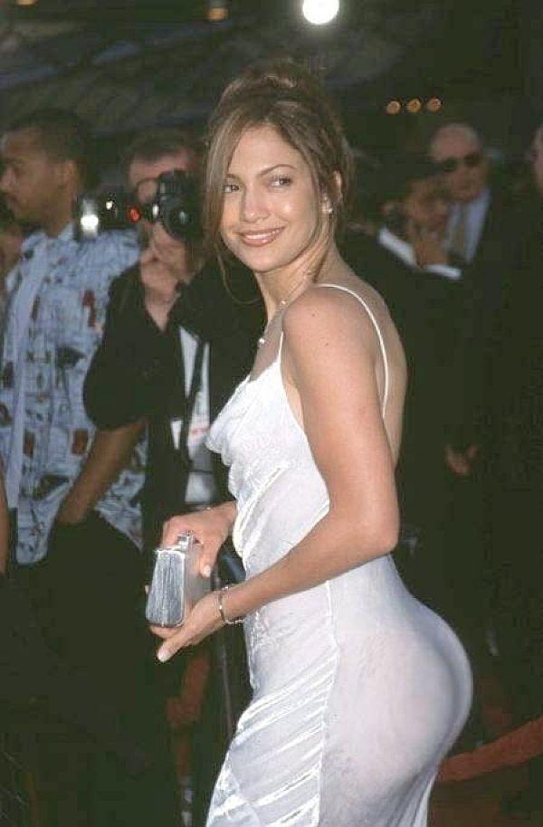 Jennifer Lopez, Nice Ass. Hidden Basketballs?