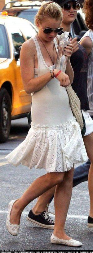 Lindsay Lohan, Nip Slip Never Too Late Here