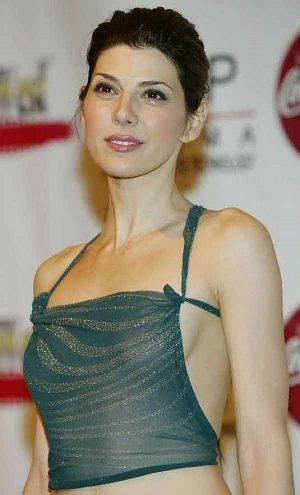 Marisa Tomei See Through Tit Shot And Taking The Puppies Out Too?