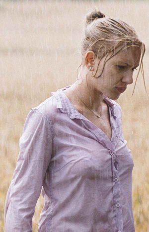 Scarlett Johansson And Her Pearls