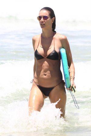 Alessandra Ambrosio Pokies in Wet Bikini