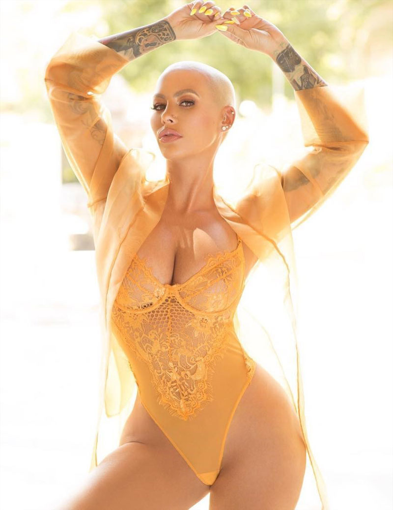 Amber Rose Big Breasts in Lace Lingerie
