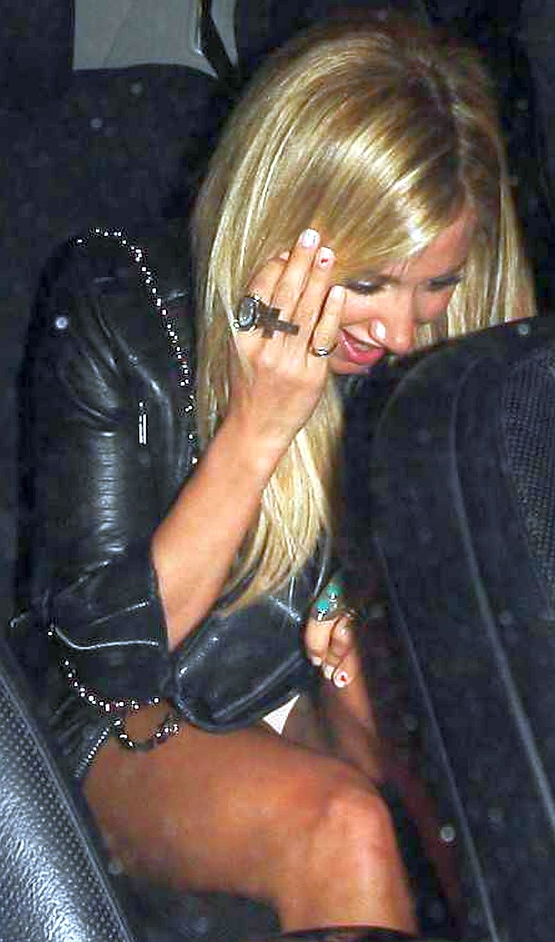 Ashlry tisdale upskirt