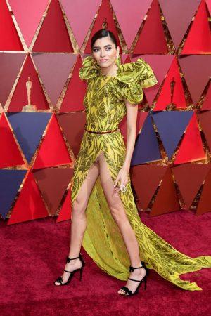 Bianca Blanco Golden Pantie Upskirt