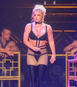 Britney Spears Pops Out a Nipple on Stage