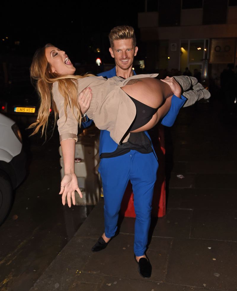 Amy Adams Upskirt charlotte crosby upskirt after the bar - taxi driver movie