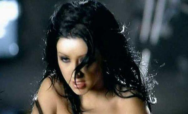 Christina Aguilera Nip Slip? You Decide!