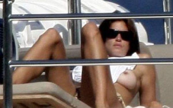 Cindy Crawford Topless