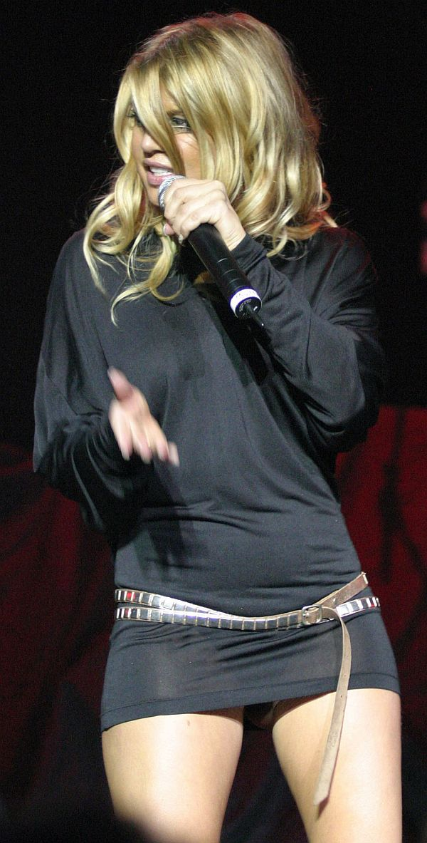 Fergie See Through Dress And Her Thong Shows Through