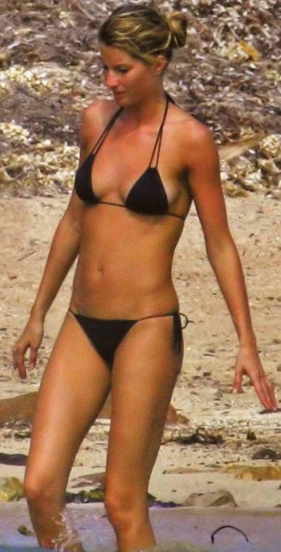 Gisele Bundchen Skimpy Bikini Bottom Pull