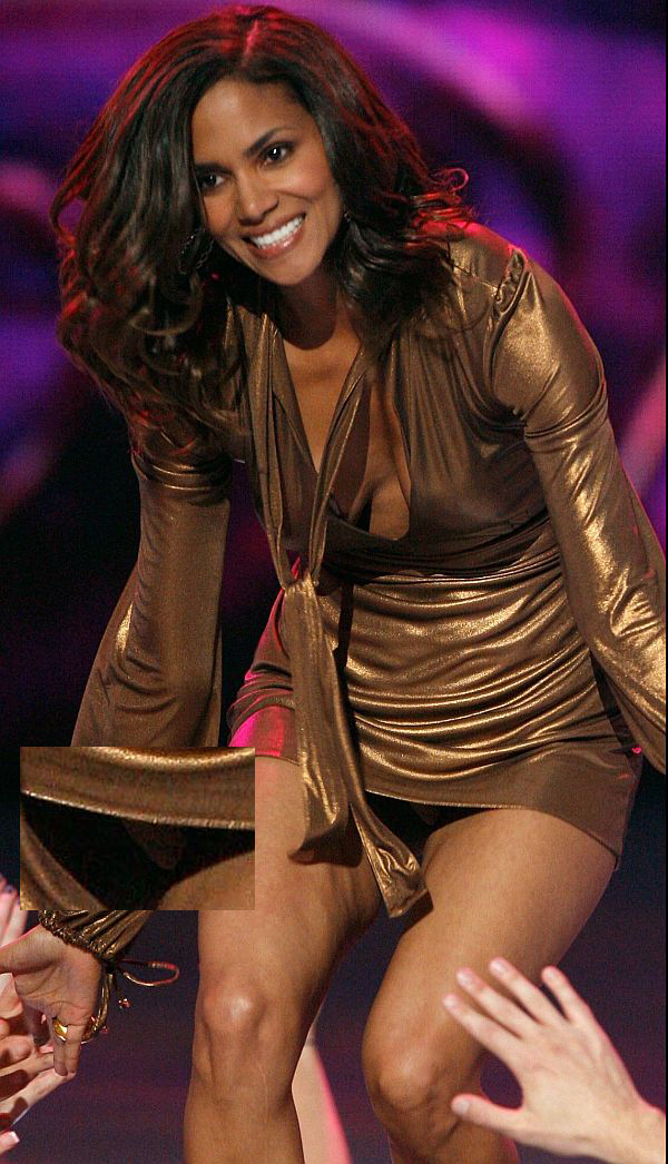 Halle Berry Panty Upskirt
