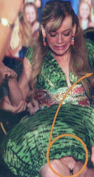 Hilary Duff Showing Us An Upskirt Shot. Panties Or Not? You Decide