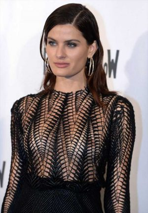 Isabeli Fontana Nipples in See Through Gown