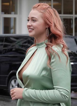 Iskra Lawrence Side Boob/Down Blouse in the Rain