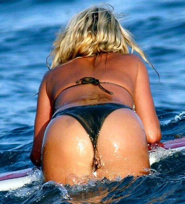 Jennifer Ellison's Tight Ass