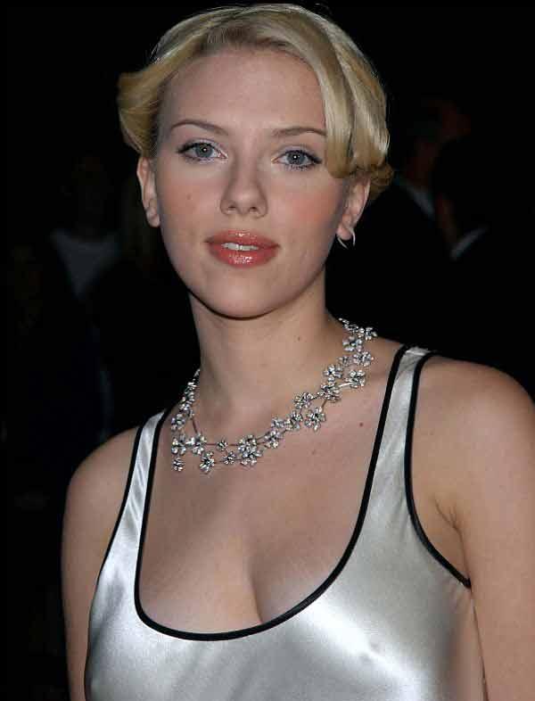 Scarlett Johanson, Pokies From The Diamonds You Received From Josh Harnett?