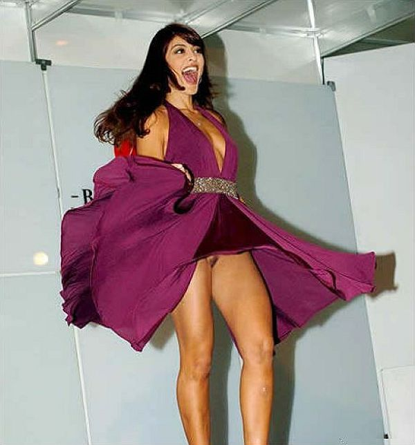Juliana Paes Upskirt. Thanks Goes To Henrique