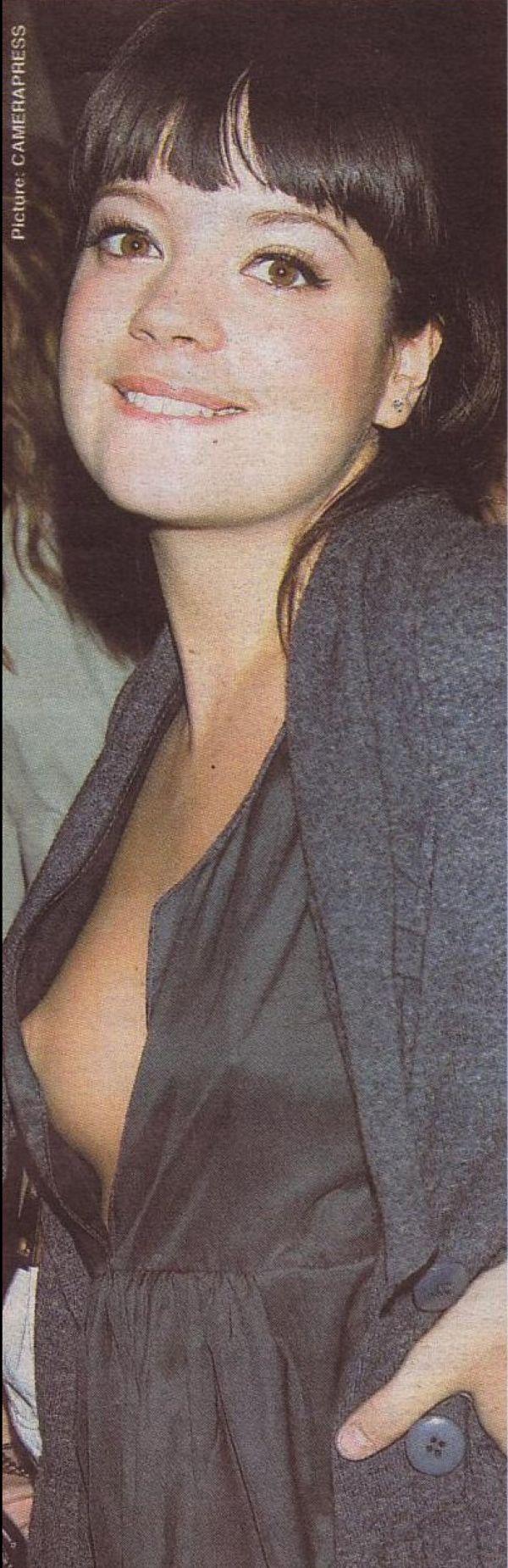 Lily Allen Nip Slip