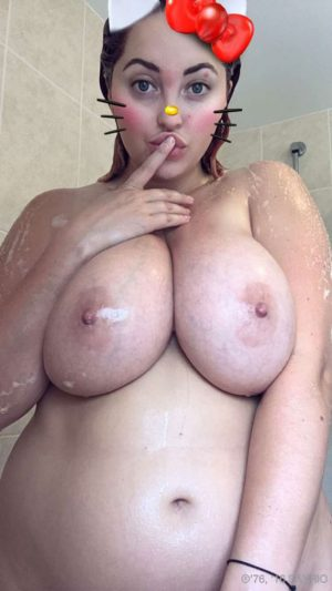 Lucy Collett Topless on her Snap Chat