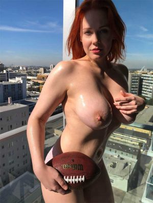 Maitland Ward Oiled Up and Topless on her Balcony