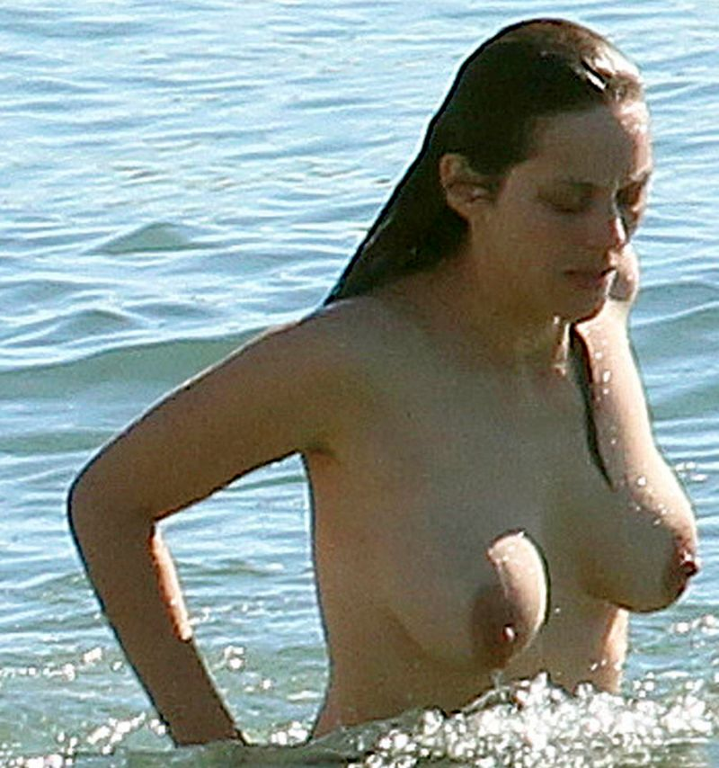 Pity, marion cotillard topless