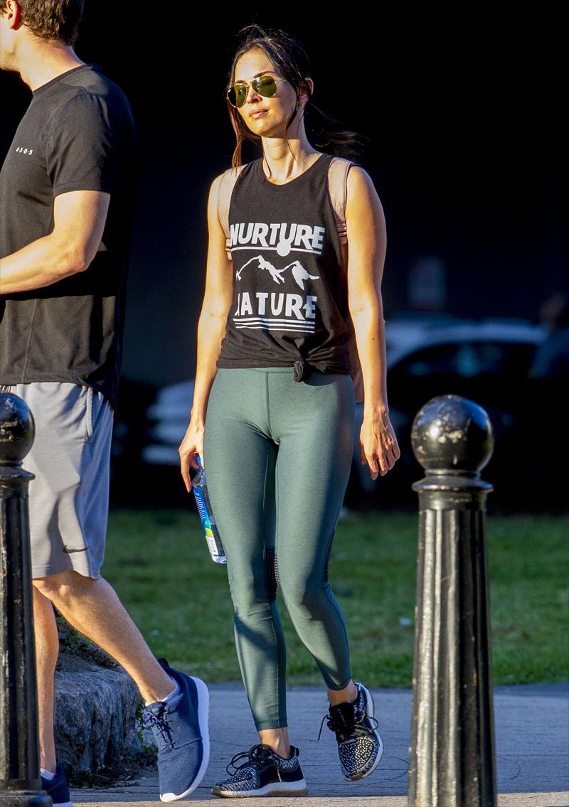 Megan Fox Cameltoe in Work Out Gear