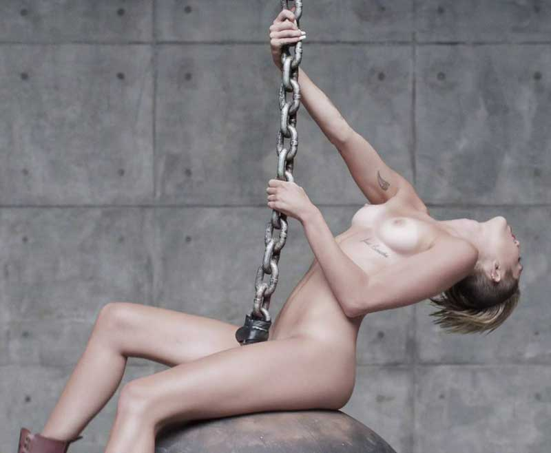 Miley Cyrus Naked Outtakes from Wrecking Ball