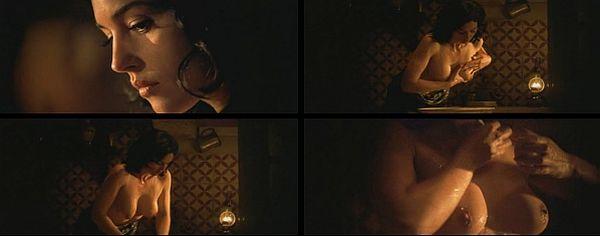 Monica Bellucci Bathes Her Breasts