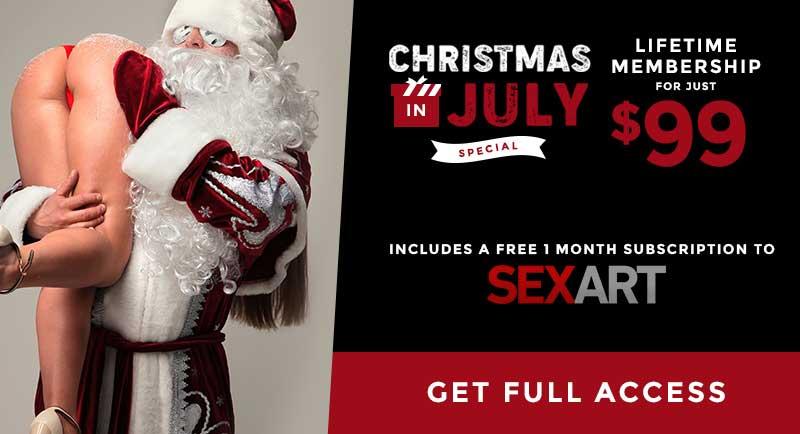 Christmas in July Lifetime Mr.Skin Membership for 99 Bucks