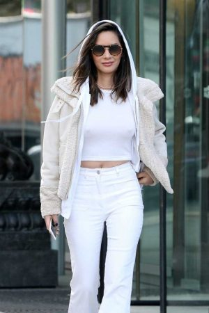 Olivia Munn Braless Nipple Pokies in White Top