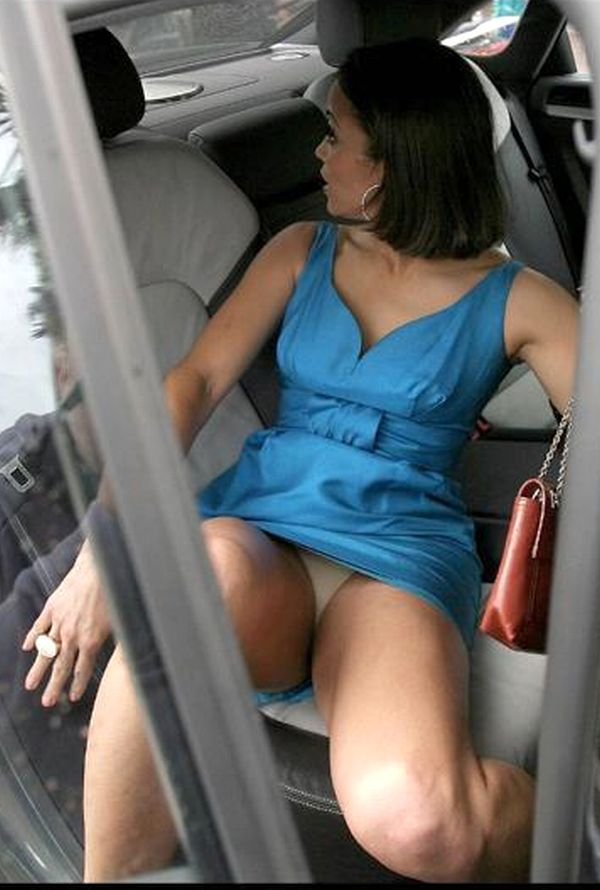 Paula patton upskirt does not