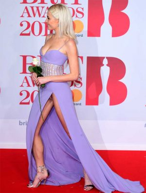 Pixie Lott Panty Upskirt on the Red Carpet @ the Brit Awards