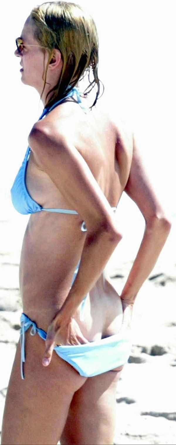 Uma Thurman, Butt Crack? HUGE Belly Button? Nice Bikini!
