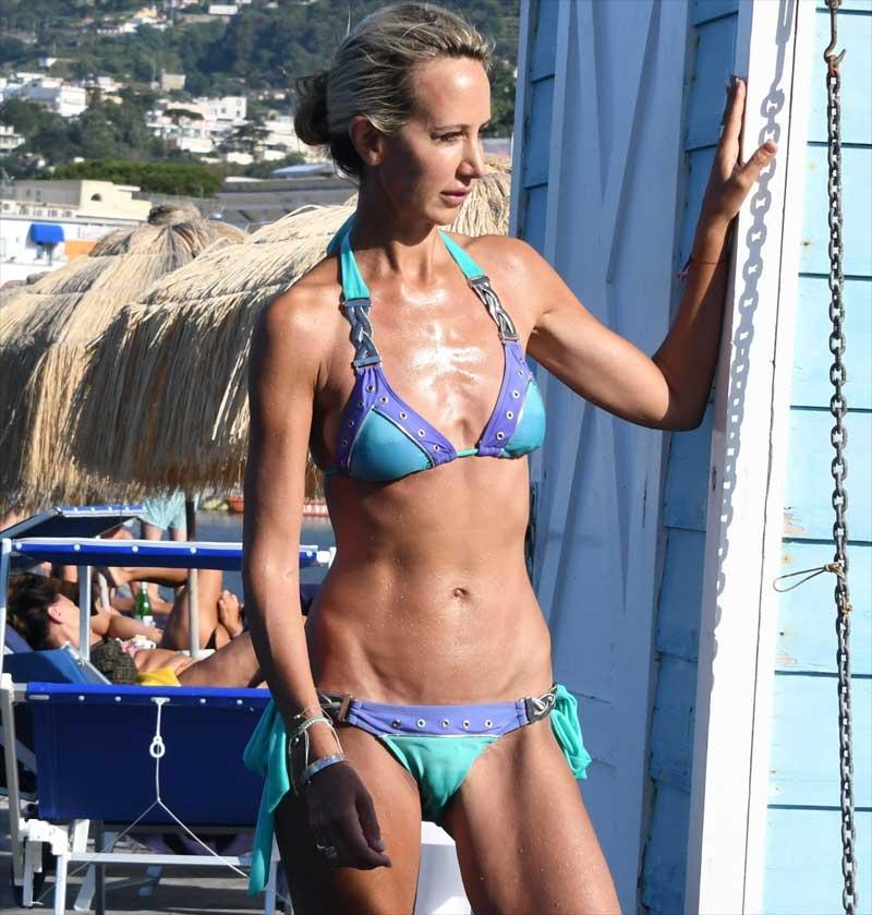 Victoria Hervey Huge Cameltoe in Blue Bikini