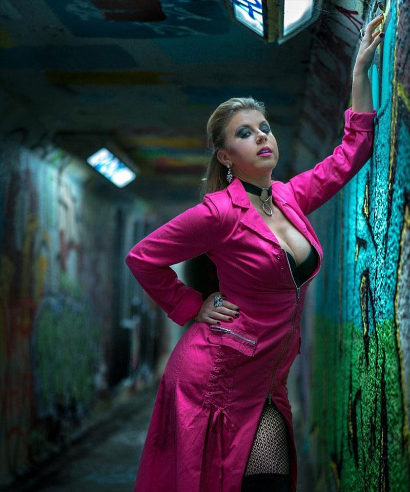 Jodie Sweetin Big Cleavage for Magazine Photoshoot