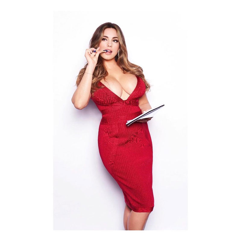 Kelly Brook Insane Cleavage in Red Dress