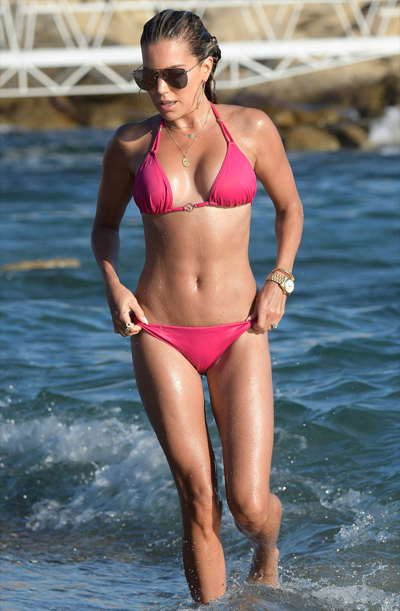 Sylvie Meis Wet Cameltoe in a Hot Pink Bikini