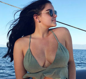 Ariel Winter Slams Magazine
