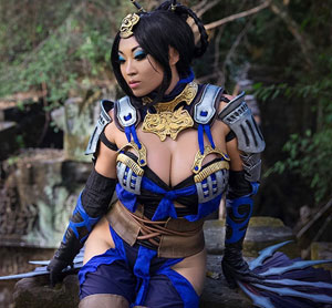 Yaya Han as Kitana