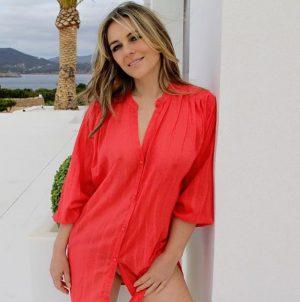 Elizabeth Hurley Braless in Slightly See Through Shirt