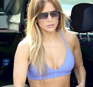 Jennifer Lopez Workout Outfits