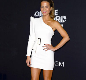 Kate Beckinsale is all Legs