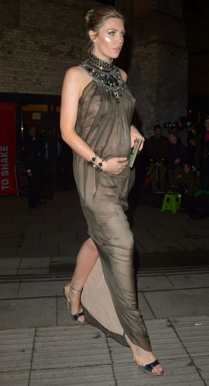 Abbey Clancy Pregnant Pokies