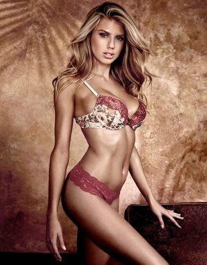 Top 10 Hottest Blonde Celebrity Charlotte McKinney #4