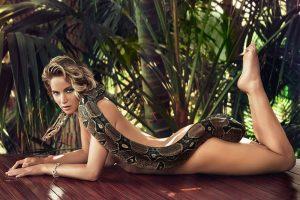 Top 10 Hottest Blonde Celebrity Jennifer Lawrence #7