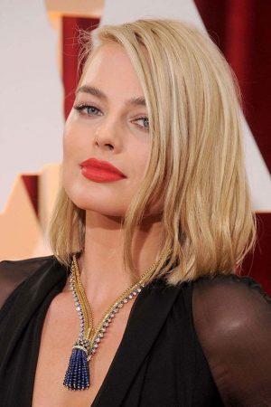Top 10 Hottest Blonde Celebrity Margot Robbie #2