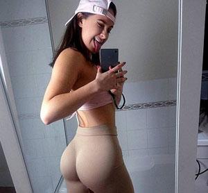 Yoga Pant Girls