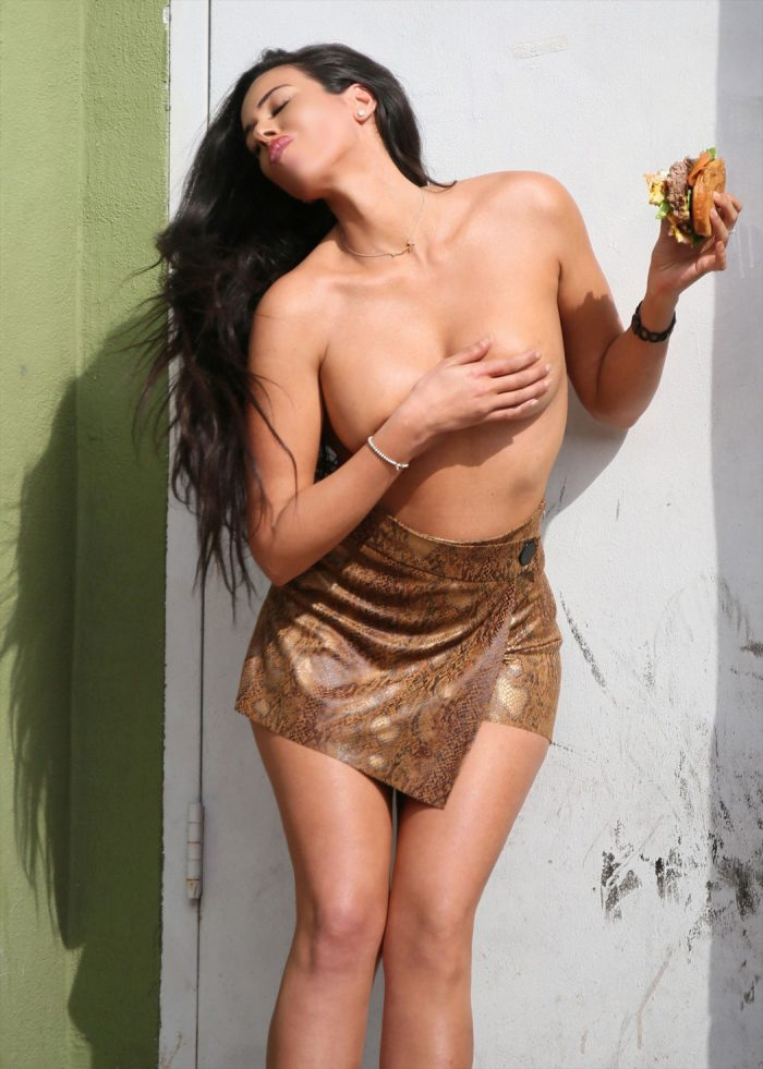 Tania Marie Topless on a Photo Shoot