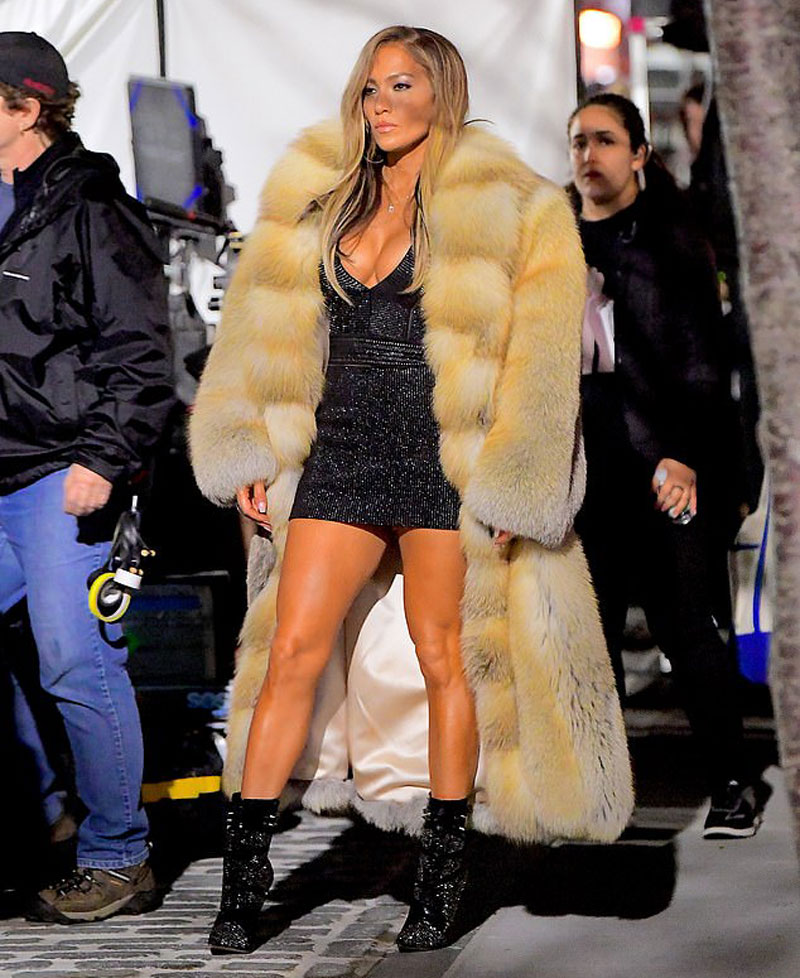 Jennifer Lopez as a Hooker on Set of New Movie